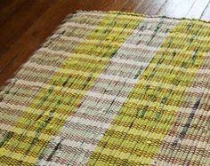 Handmade upcycled rag rug Upcycle, Textiles, Rugs, Creative, Handmade, Home Decor, Farmhouse Rugs, Hand Made, Decoration Home