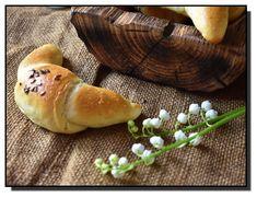 Máslové raženky (kaiserky) – PEKÁRNOMÁNIE Hamburger, Bread, Baking, Food, Brot, Bakken, Essen, Burgers, Meals
