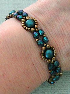 "Bracelet of the Day: Bubble Band - Pastel Petrol BUBBLE BAND seed beads Miyuki \""Dark Bronze\"" seed beads Miyuki \""Dark Bronze\"" cabochons \""Alabaster Past. Embroidery Bracelets, Beaded Bracelet Patterns, Beaded Earrings, Bracelet Designs, Seed Bead Jewelry, Bead Jewellery, Seed Beads, Handmade Bracelets, Jewelry Bracelets"