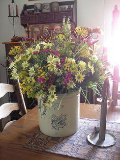 Summer flowersღ~*~*✿⊱╮..... a beautiful primitive country table centerpiece.