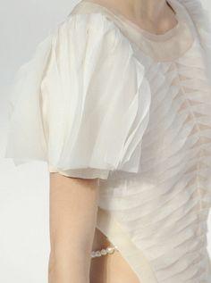 lamorbidezza: Chanel Spring 2012 Details (La Mode est La Joie de Vivre)