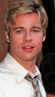 "Brad Pitt in ""Meet Joe Black"" Brad Pitt And Angelina Jolie, Jolie Pitt, Young Brad Pitt, Richard Gere, Anthony Hopkins, Marlon Brando, Steve Mcqueen, Junger Brad Pitt, Bratt Pitt"
