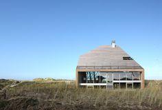 Een bijzonder gaaf huis in de duinen van Terschelling - Roomed | roomed.nl
