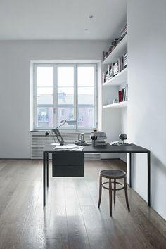 Contemporary desk / oak - HELSINKI by Caronni & Bonanomi - DESALTO spa