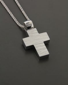 Baby Baptism, Baptism Ideas, Men's Accessories, Crosses, Arrow Necklace, Jewelry Design, Wedding Rings, Mens Fashion, Heart