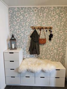 Ikea Nordli, Shag Rug, Rum, Entryway, Furniture, Home Decor, Dresser, Cloakroom Basin, Shaggy Rug