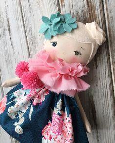 This lovely, lovely custom order  Do you notice her special trait?  #customorder #clothdoll #handmadedoll #spuncandydolls #etsyseller #bespokedoll #heterochromia