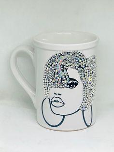 Afrocentric Bling Coffee Mug, Afro American Coffee Mug,Black Woman Boss Coffee Love, Coffee Mugs, Diy Mug Designs, I Love Diy, Wedding Wine Glasses, Mannequin Art, Diy Mugs, Glitter Cups, Cute Mugs