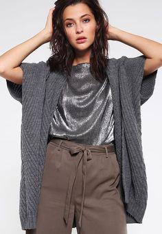 ADIGA - Viitta - raven grey Raven, Turtle Neck, Grey, Sweaters, Fashion, Gray, Moda, Fashion Styles, Ravens