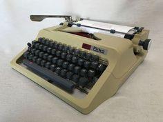 Schreibmaschine Erika 60 Daro um 1974 vintage mechanical typewriter