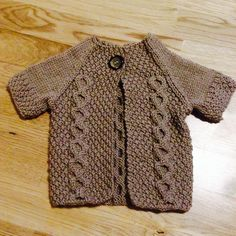 Ravelry: Project Gallery for Otto Day Cardigan (revised) pattern by Beatrice Perron Dahlen