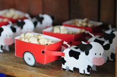Única Design: Festa Infantil - Fazendinha Farm Animal Party, Farm Animal Birthday, Barnyard Party, Cowboy Birthday, Cowboy Party, Farm Birthday, Farm Party, Baby First Birthday, 1st Birthday Parties