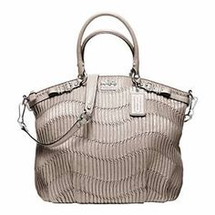 196 best handbags images purses beige tote bags handbags michael rh pinterest com