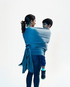 It's the fashionable approach to parenting in the west, with an emphasis on baby-wearing, co-sleeping and long-term breastfeeding. But does it make for happier, better children? Parenting Courses, Parenting Advice, Parenting Quotes, Parental Guidance, Parenting Teenagers, Attachment Parenting, Gentle Parenting, Peaceful Parenting, Baby Boy Newborn