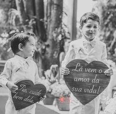 Personalize sua placa de madeira para casamentos e festas com a Letra Urbana: sofisticada, moderna e linda! Confira!