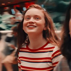 Page 3 Read Metadinhas {stranger things} from the story Metadinhas by SweetUranium (Cassiopeia) with 463 reads. Stranger Things Fotos, Bobby Brown Stranger Things, Stranger Things Aesthetic, Stranger Things Netflix, Mad Max, Bff, Fotos Goals, Sadie Sink, Millie Bobby Brown