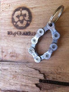 LLAVERO - cadena de bici reciclada