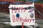 California town celebrates 'birthday' for year-old sinkhole - http://cringeynews.com/offbeat-news/california-town-celebrates-birthday-for-year-old-sinkhole/