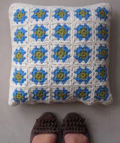 Crochet pillow for Beth.