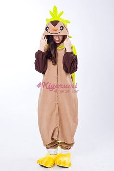 Chespin Kigurumi is a super cute bipedal Pokémon Onesies. It has a light brown front with dark brown arms and three triangular markings on its face. There is a tough, green shell covering its back, which extends from its head to halfway down its tail. Pokemon Kigurumi, Pokemon Pajamas, Disneyland Costumes, Disneyland Halloween, Toddler Pajamas, Pajamas Women, Diy Costumes, Halloween Costumes, Costume Ideas