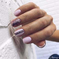 Square Geometric Nail nail art which is right for Winter. Nails Trends Nothing spells Winter higher than bendable colors like Bunbury, Green Winter Nail Art, Winter Nails, Perfect Nails, Gorgeous Nails, Cute Nails, Pretty Nails, Wedding Nails, Gold Wedding, Elegant Wedding
