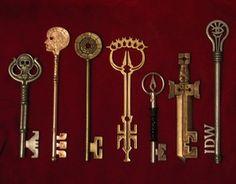 Skelton Crew Studio's of Locke & Key Replica Keys Under Lock And Key, Key Lock, Antique Keys, Vintage Keys, Old Keys, Key Design, Game Design, Key To My Heart, Cool Cartoons