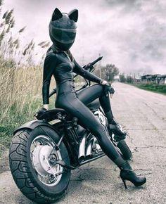 Mujeres en moto