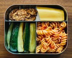 A CUP OF JO: Easy school lunches