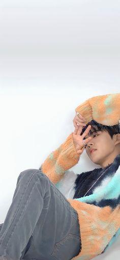 Ikon Wallpaper, Kim Hanbin, Always Smile, Bae, Winter Hats, Kpop, Fashion, Moda, Fashion Styles