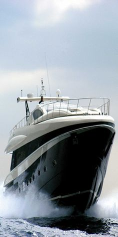 ♂ Luxury yacht.  http://www.annabelchaffer.com/categories/Gentlemen/