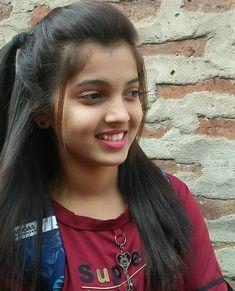 Beautiful Girl In India, Beautiful Blonde Girl, Beautiful Girl Photo, Indian Girl Bikini, Indian Girls, Arab Girls, Beautiful Girl Hd Wallpaper, Desi Girl Selfie, Desi Girl Image