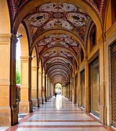 The food-loving cityof Bologna has a wide array of bistros, cafes and markets, along with museums devoted to its history, and, yes, gelato.
