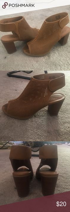 lightly worn size 8 1/2 heels. only worn once, casual heels Shoes Ankle Boots & Booties
