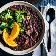 Smoky Slow-Cooker Black Beans with Collard Greens Recipe - EatingWell Slow Cooker Black Beans, Cooking Black Beans, Best Crockpot Recipes, Slow Cooker Recipes, Oven Recipes, Crockpot Meals, Yummy Recipes, Collard Greens Recipe, Dried Black Beans
