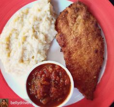 Via @bellydriven -  That juicy tenderised chicken breast crumbed and fried to a crisp with a side of mashed potatoes and tomato sauce...love love love the golden color here... #TheBTeamInGoa #chicken #brunch #schnitzel #Foodiye #indianfoodiye #MumbaiFoodiye #IncredibleIndia .  Follow  @Mumbai_Foodiye  Follow  @foodiye_international   Make Foodiyé Friends  in Comments  - #regrann