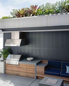 Most Popular Outdoor Kitchen Design Models - Exactly why have kitchens got so common? Are you discover how men and women gather from your cooking area of one's residence? Outdoor Barbeque Area, Outdoor Bbq Kitchen, Outdoor Cooking Area, Outdoor Kitchen Cabinets, Bbq Area, Outdoor Kitchen Design, Outdoor Spaces, Outdoor Living, Outdoor Decor