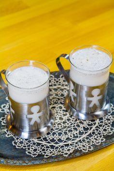 Cinci retete de lapte raw vegan din nuci sau orez Coffee Maker, Kitchen Appliances, Pop, Mugs, Tableware, Coffee Maker Machine, Diy Kitchen Appliances, Coffee Percolator, Home Appliances