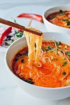 Bring flavor to the dinner table with this recipe for 15 Minute Coconut Curry Noodle Soup! Start with garlic, ginger, red curry, chicken broth, and cilantro to make this warm dish for your family. Curry Noodle Soup Recipe, Curry Noodles, Shirataki Noodles, Rice Noodles, Curry Ramen, Zucchini Noodles, Spicy Thai Noodles, Rice Noodle Recipes, Vermicelli Noodles
