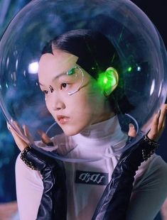 Arte Cyberpunk, Cyberpunk Fashion, Character Inspiration, Character Design, Psy Art, Portraits, Doja Cat, Art Reference Poses, Retro Futurism