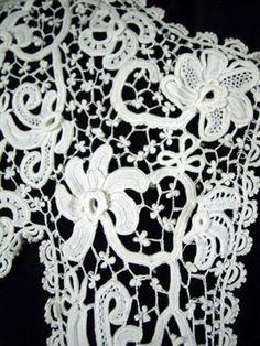 Irish crochet collar detail