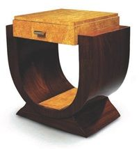 Table dappoint by Suzanne Guiguichon