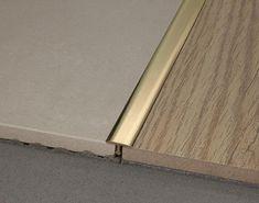Profilverbindungsstück aus Messing – My Best Decor Floor Design, Wall Design, House Design, Wooden Flooring, Kitchen Flooring, Transition Flooring, Floor Transition Strip, Tile To Wood Transition, Joinery Details
