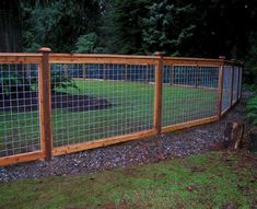 Gorgeous Garden Fence Design Ideas Gorgeous Garden Fence Design Ideas Farm fence w/ wire mesh Cattle Panel Fence, Hog Wire Fence, Farm Fence, Diy Fence, Fence Landscaping, Pool Fence, Backyard Fences, Garden Fencing, Fenced In Yard
