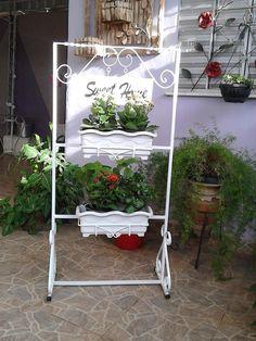 Este painel pode ser utilizado em entrada de condomínios, empresas, jardins e em sua casa.