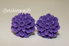 VIBRANT LAVENDER MUM~ Earrings, Cabochon earrings, flower earrings, mum earrings, wedding jewelry, brides maid, wedding, ilovecheesygrits