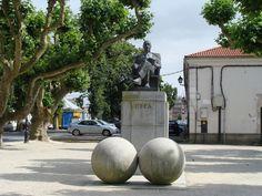 Monumento a Cela (Padrón)