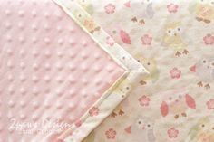 2paws Designs: Owl Baby Blanket - this blanket was a handmade gift for a friend to celebrate the arrival of her second baby girl.   sewing   diy