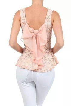 Gorgeous back bow shirt