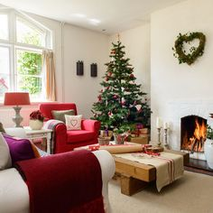 Cottage Christmas On Pinterest Country Christmas Cottage Christmas