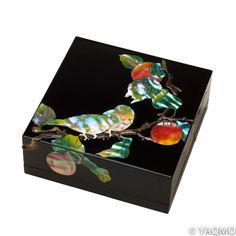 This beautifully decorated lacquered jewelry box is adorned with Persimmon and Japanese White-eye (Z…